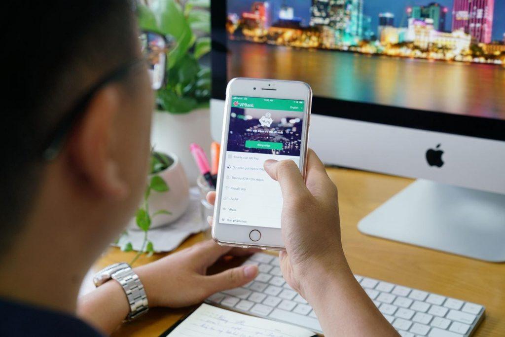 Gửi tiết kiệm online có thể thực hiện mọi lúc mọi nơi