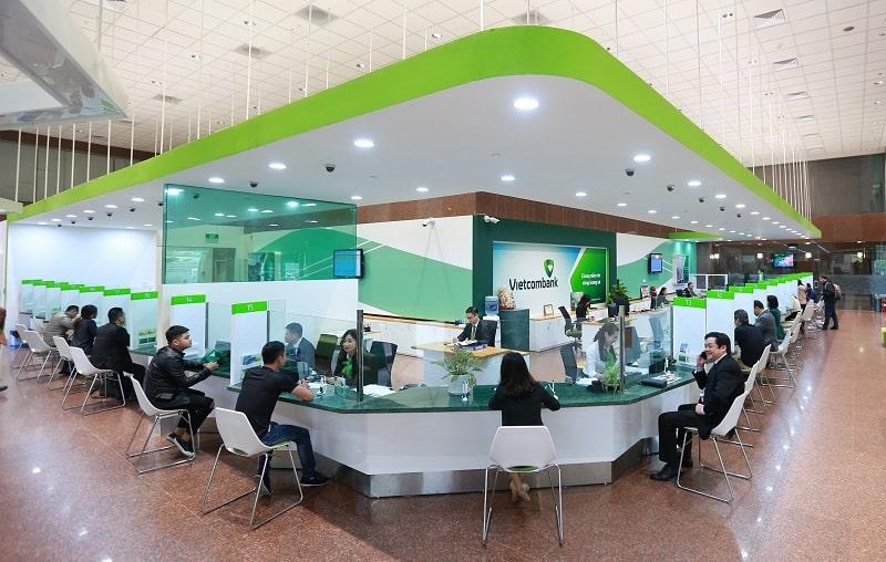 Vietcombank có khung giờ làm việc khác nhau theo từng khu vực