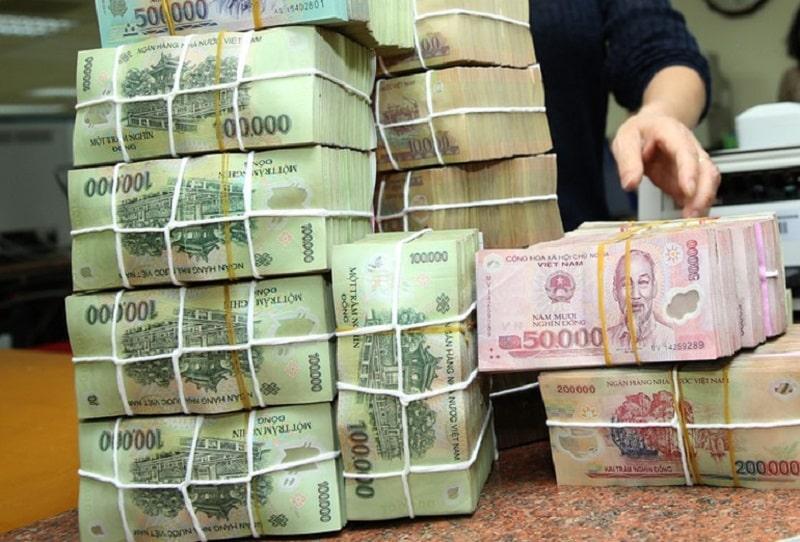 Nên rút tiền mặt tại quầy khi bạn cần số tiền lớn để đảm bảo an toàn