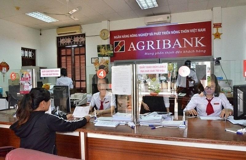 Bạn có thể thực hiện giao dịch đổi ngoại tệ tại các ngân hàng uy tín trên cả nước