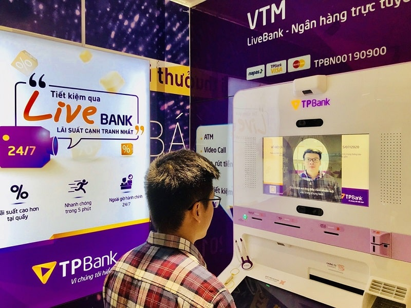Khách hàng có thể sử dụng kênh TPbank LiveBank khi Hotline không thể hỗ trợ