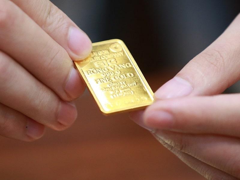 Nên chọn vàng miếng hoặc vàng nguyên chất 9999 để dự trữ đầu tư